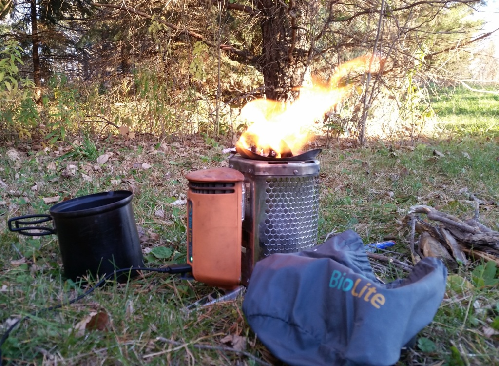 Biolite Campstove Cooking and Charging